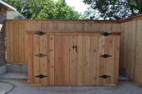 Double-Gate-for-Pool-Equipment